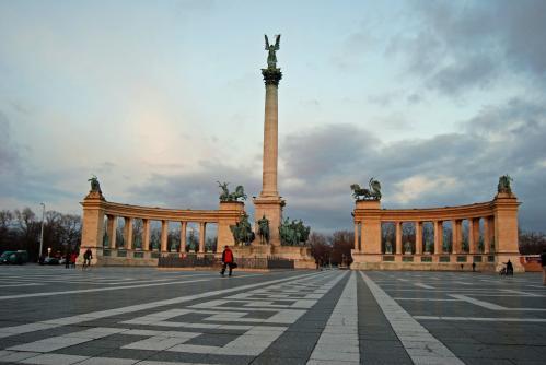 OLTRE L'ORIZZONTE: BUDAPEST - Partenza da Budapest